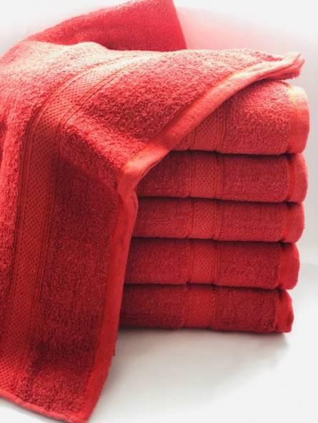 Фото  товара Банное полотенце красное