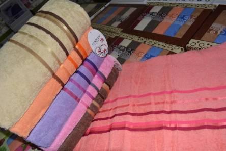 Фото  товара Банные полотенца Цветная полоска