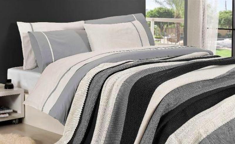 Комплект постельного белья с вязаным покрывалом - фото 1